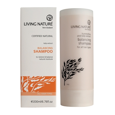 Living Nature Balancing Shampoo 200ml