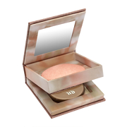 Urban Decay Naked Illuminated Shimmering Powder for Face and Body 6g