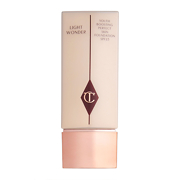 Charlotte Tilbury Light Wonder Fond de Teint Activateur de Jeunesse 40ml
